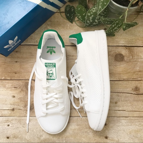 Adidas zapatos NIB originales zapatillas poshmark malla Stan Smith